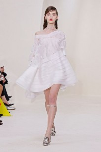 Dior (as roupas desse desfile tinha um movimento inacreditavel, sério!)